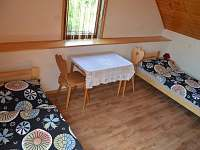 ložnice pro 2 osoby - chalupa k pronajmutí Frahelž