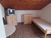 1 třílůžkový pokoj