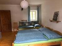 Ložnice menší - chalupa ubytování Písečné