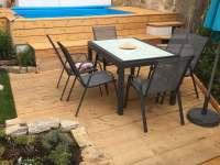 Sezení ( s rozkladacím stolem až pro 10 osob) - chalupa ubytování Písečné