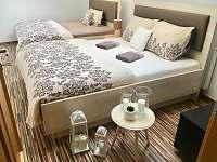 Ložnice 1 - apartmán v podkroví - rekreační dům k pronájmu Třeboň