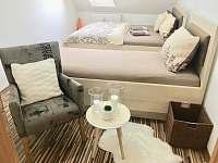 Ložnice 2 - apartmán v podkroví pro 3 osoby - Třeboň