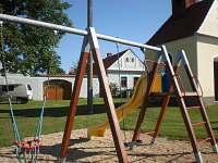 dětské hřiště na návsi - Dudov u Malšic