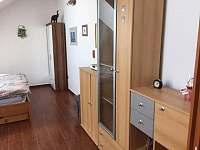Apartmán 2 - ubytování Zběšice