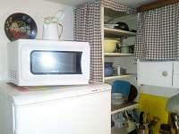 Kuchyně - pronájem chaty Hutě u Bechyně