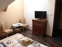 pokoj 3 podkroví