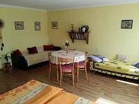 4 lůžkový pokoj podkroví - rekreační dům k pronajmutí Benešov nad Černou