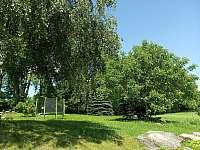 Zahrada s trampolínou - Velké Skaliny