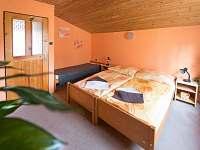 Východní ložnice - pronájem chaty Nuzice u Bechyně