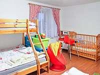 Chalupa Bělá - pokoj pro 4 osoby s dětským koutkem a postýlkou - pronájem