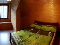 Ložnice v podkroví 2