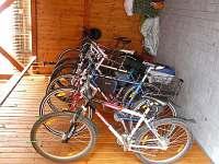 Cykloúschovna a půjčovna kol