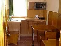 Kuchyňka k pokojům