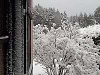chata v zimě - Kunějov