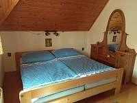 Ložnice s manželskou postelí - Kunějov