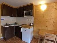 Kuchyňská linka v dvoulůžkovém pokoji - Jistec