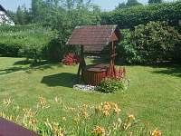 zahrada - chalupa ubytování Klení
