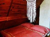 Ložnice - chata k pronajmutí Malý Ratmírov