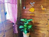 Obývací pokoj - pronájem chaty Malý Ratmírov