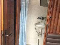 soc.zařízení vč. sprchy a wc - chata ubytování Hůrka