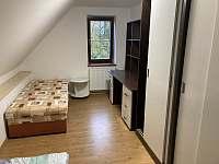 Ložnice 3 - chalupa k pronájmu Holubovská Bašta