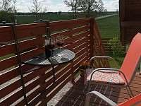 sezení na balkoně - Jaronice