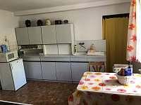 Kuchyň - pronájem chalupy Stráž nad Nežárkou