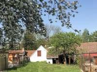 Zahrada s možností parkování - Stráž nad Nežárkou