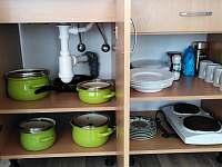 Vybavená kuchyňka - chalupa k pronajmutí Cep