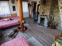 společenská místnost - chata ubytování Střelské Hoštice