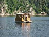 Hausbót Orlická přehrada