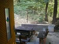venkovní posezení - chata ubytování Roštín