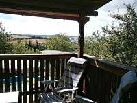 výhled z terasy - chata k pronájmu Roštín