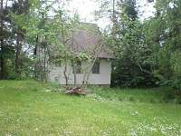 chata v Jackově-vzdálenější pohled zezadu - k pronájmu