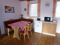 kuchyňě - pronájem chaty Jackov