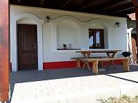 Venkovní posezení - pronájem chaty Prušánky - Nechory