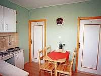 kuchyňka k pokoji č. 4 a 5 - Lukov