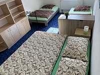Pokoj č.I - pronájem rekreačního domu Ostrov u Macochy