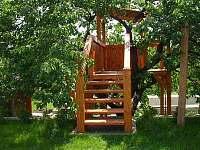 Domek ve stromě - ubytování Mikulov