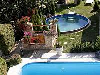 Velký + kruhový bazén - ubytování Mikulov
