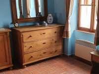 1. apartmán - pokoj č. 1 - pronájem chalupy Tvořihráz