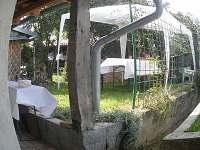 Vinnný sklep Jakub - terasa a zahrádka
