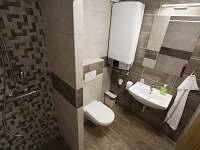 Apartmán 2 - koupelna s WC
