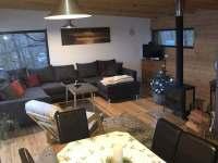 Obývací pokoj - pronájem chaty Onšov