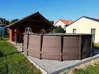 Bazén - pronájem chaty Lančov