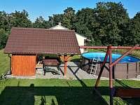 Zahrada chaty - k pronájmu Lančov