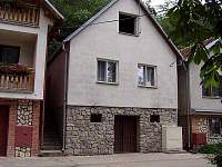 ubytování na Pálavě Chata k pronájmu - Strachotín