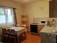jídelní kout - apartmán k pronájmu Strachotín