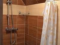 Sprchový kout - pronájem chaty Kostelec u Kyjova
