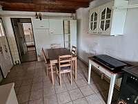 Kuchyně - chalupa k pronájmu Dešov